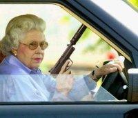 queen_gun.jpg