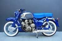 c1960-honda-c77-305cc-dream-motorcycle.jpg