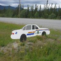 Fake RCMP car in Teslin Alcan Hwy_IMG_2665.jpg