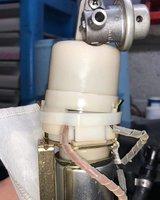 fuel pump clip-tie.jpg