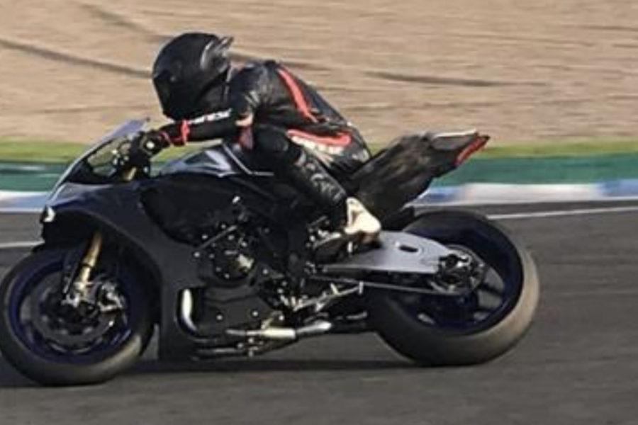 F1 World Champion Lewis Hamilton lapping Jerez -- photo courtesy of La Gazzetta dello Sport /Smith.