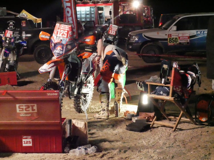 Dakar 19 Diary #12 Dakar Desert