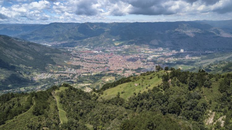 Ride from Bogota to Medellin: Best Routes www.advrider.com