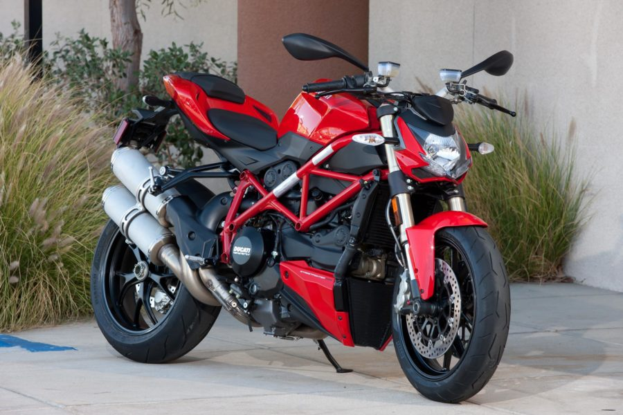 A new Ducati Streetfighter has been spotted.