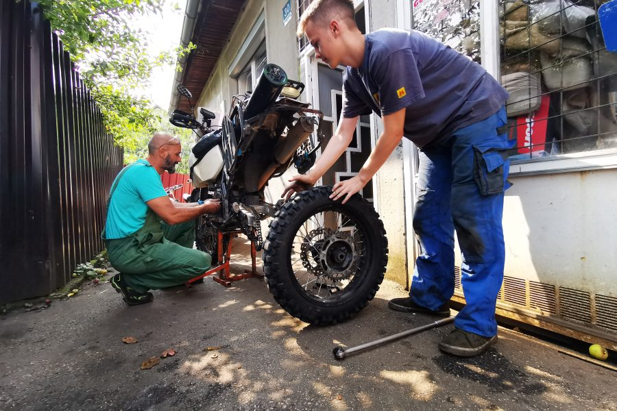 How Much Do Bike Repairs Cost Abroad