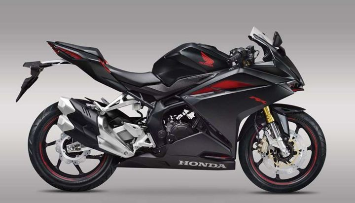 Will we see a big-bore version of the CBR250RR this fall? Photo: Honda