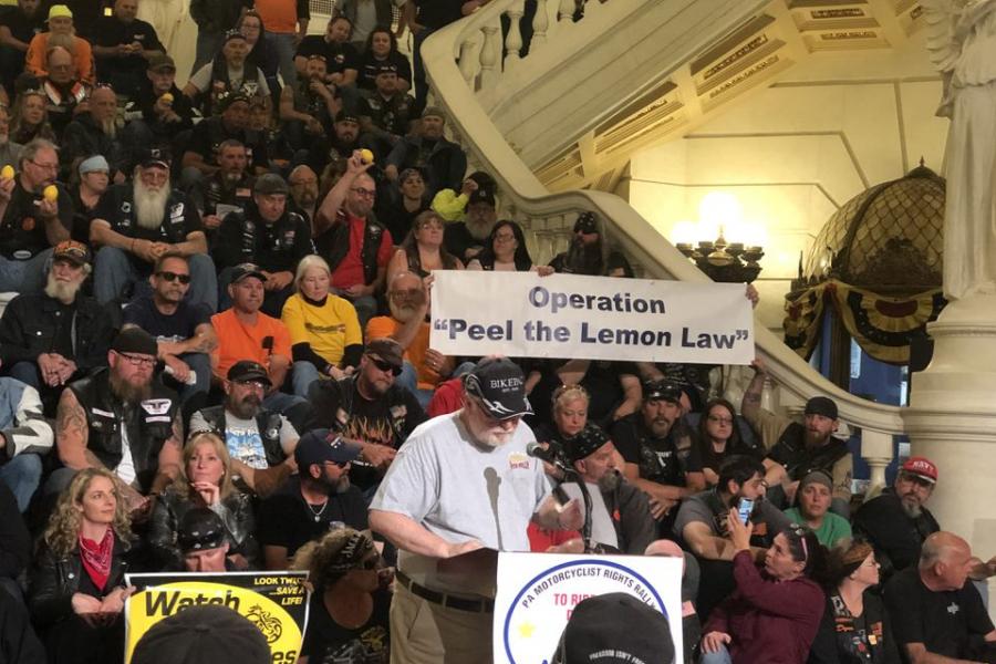 Protestors Pennsylvania Capitol Lemon Law
