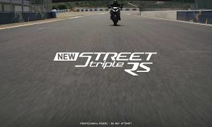 Triumph Street Triple RS: Moto2 technology in a naked bike