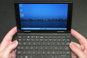 Peakago: A Windows laptop for the ultralight traveler?