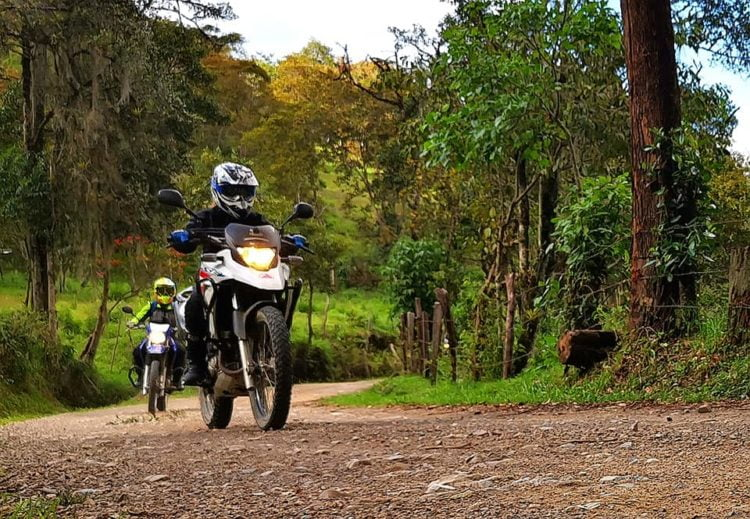 Motorcycle tour in Colombia