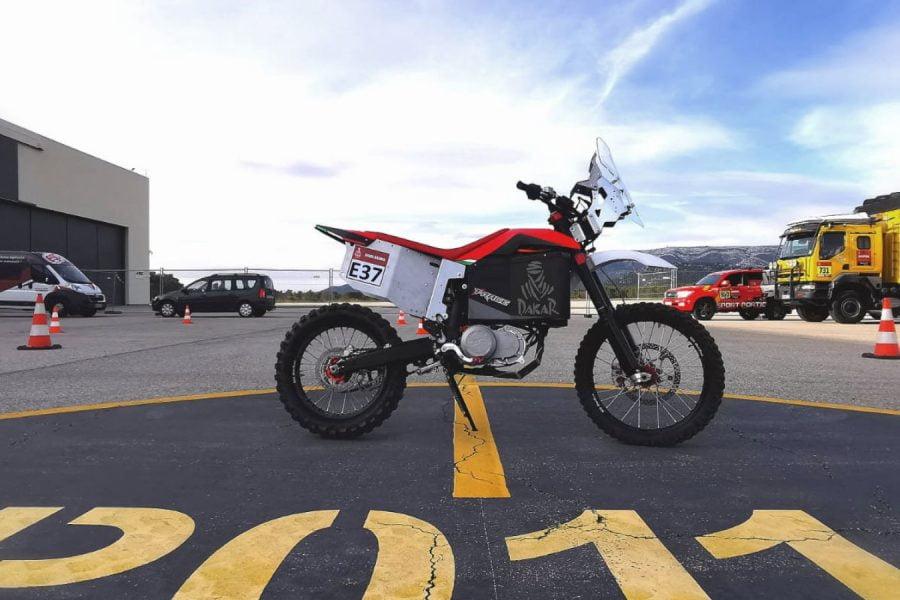 From the shores of Italy to the Dakar bivouac: the Tacita T-Race Rally. Photo: Tacita