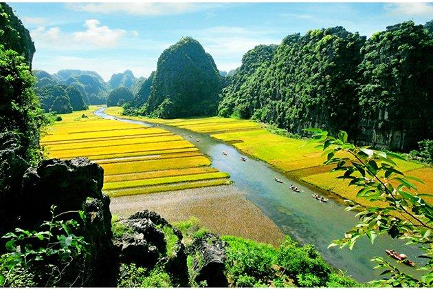 Trang An Landscape Complex (Source: vietvisiontravel.com)