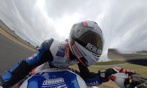Motorcycle Onboard With 360-Degree View: Snetterton Circuit