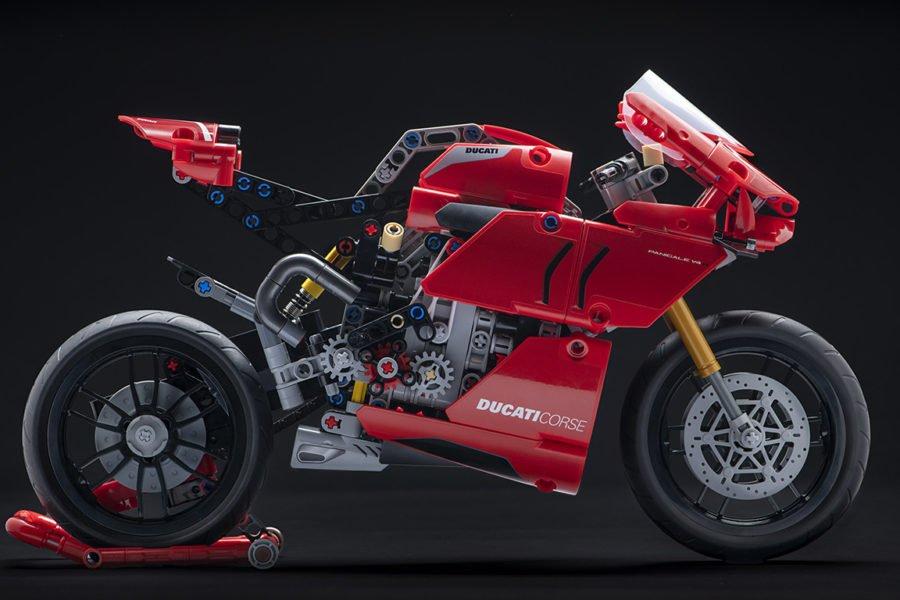 side Ducati lego