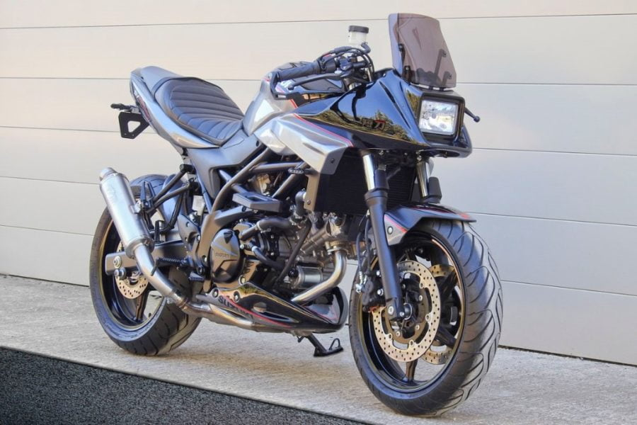 The SV650 meets classic '80s styling in the Tanto kit. Photo: Webike.