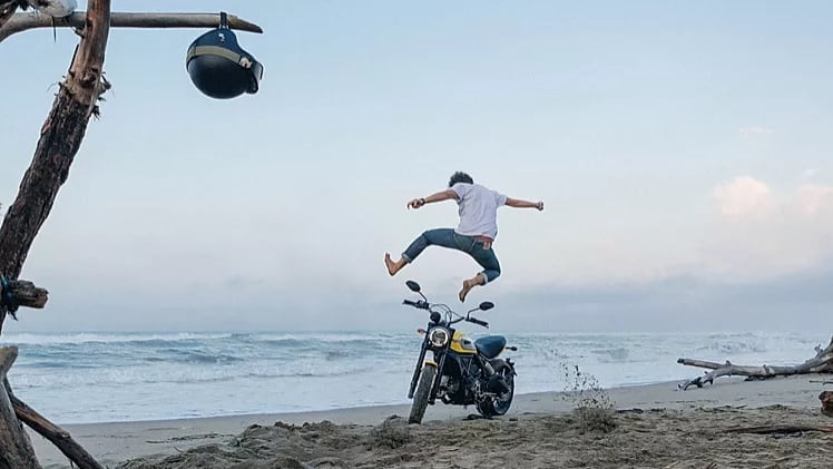 Ducati Scrambler Ad